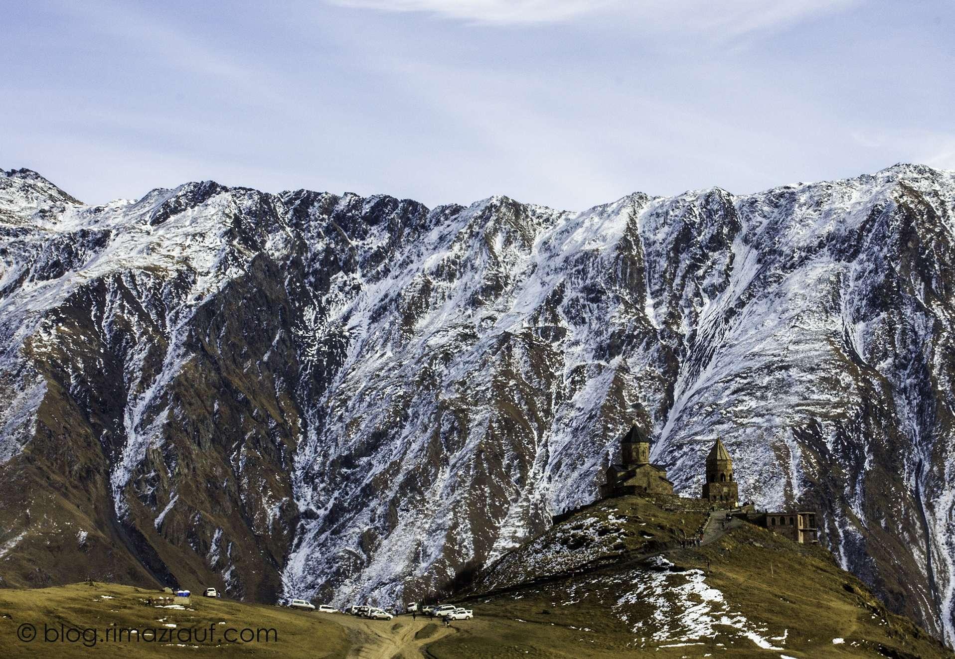 travel-to-georgia-from-dubai_kazbegi