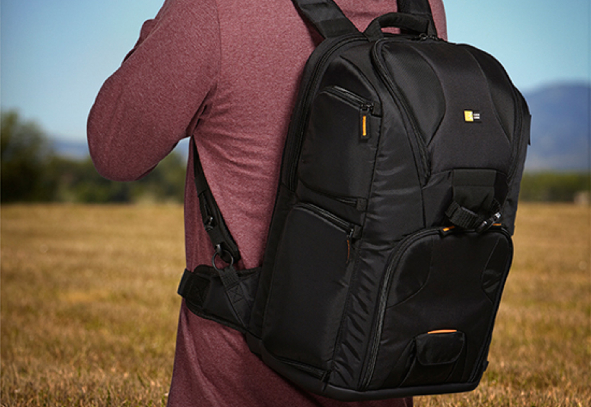CAMERA BAG – LIGHTWEIGHT AND HAS MORE STORAGE